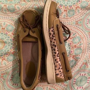 Boat Shoes Size 6M